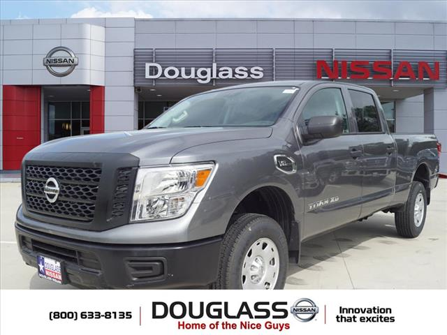 New 2018 Nissan Titan XD S Gas 4x4 Crew Cab 6.6 ft. box 151.6 in. WB