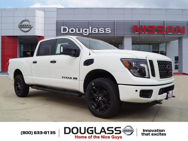 New 2019 Nissan Titan XD SL Diesel 4dr 4x4 Crew Cab 6.6 ft. box 151.6 in. WB