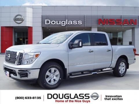 New 2018 Nissan Titan SV 4x2 Crew Cab 5.6 ft. box 139.8 in. WB