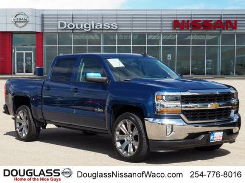 Pre-Owned 2017 Chevrolet Silverado 1500 LT w/1LT 4x2 Crew Cab 5.75 ft. box 143.5 in. WB