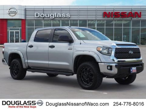 Pre-Owned 2018 Toyota Tundra SR5 5.7L V8 4x4 CrewMax 5.6 ft. box 145.7 in. WB